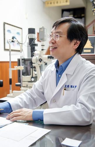 高雄推薦眼科診所_白內障手術後遺症,陳征宇醫師:設備與技術決定一切! (44)