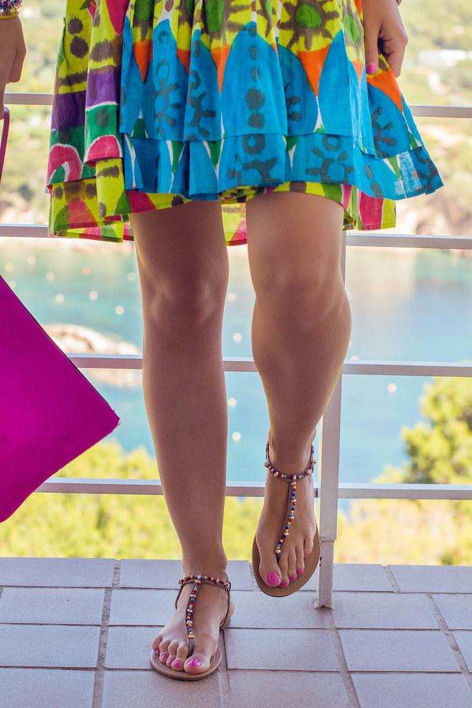 Cómo llevar una falda con vuelo como si fuera un vestido