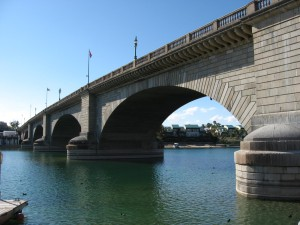 London-Bridge-Relocated-to-lake-Havasu