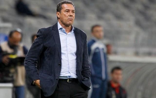 Presidente do Cruzeiro comenta demiss�o de Luxemburgo: &#39Disse que respeita minha decis�o&#39
