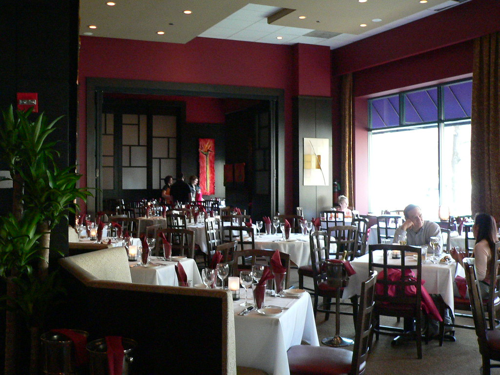 Roy 39 S Chicago Il Interior Dining Room Flickr