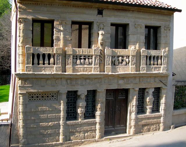 Asolo casa longobarda costruita ai primi del 1500 da for Casa costruita