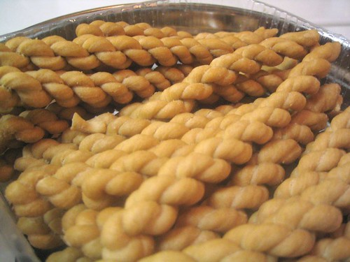 little braided fried cookies