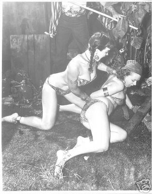 bettie.pirate.kimura | Bettie Page gives a wicked kimura in ...: https://www.flickr.com/photos/texasjeep/175502887