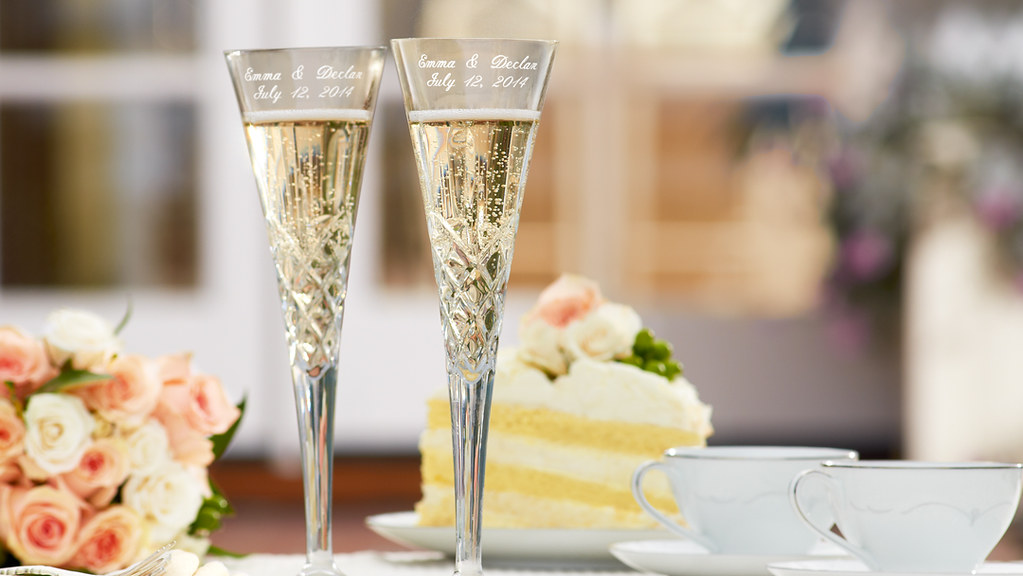 Wedding Flutes With Champagne And Yellow Cake With Frostin Flickr
