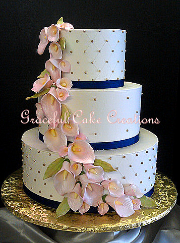 navy blue and blush pink wedding cakes ivory butter wedding cake with gold sugar pe 17746