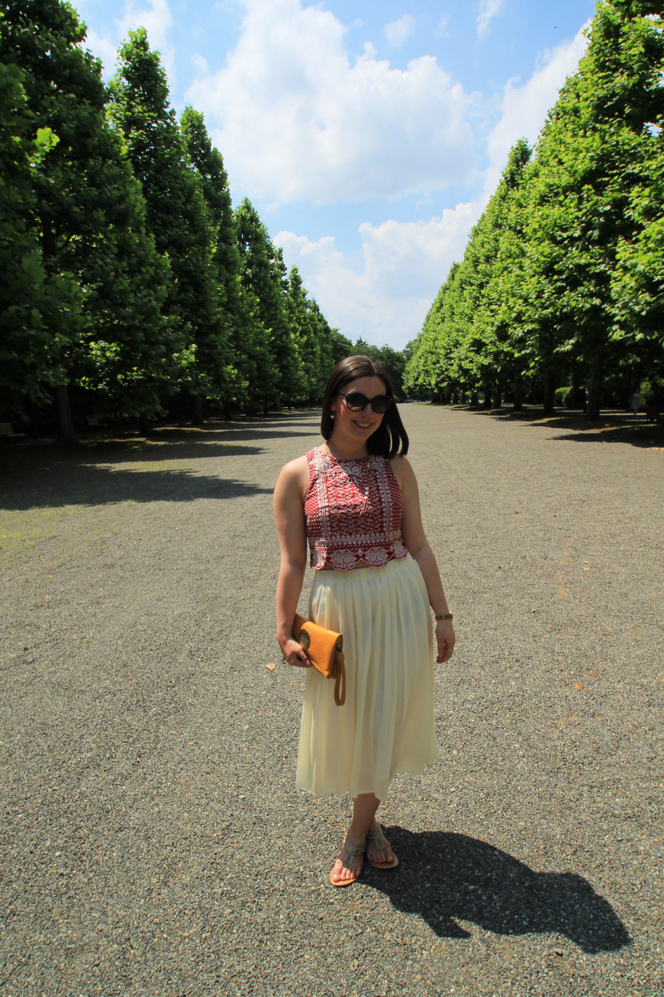Uk fashion blogger pleat maxi skirt Tokyo Shinjuku Goyen