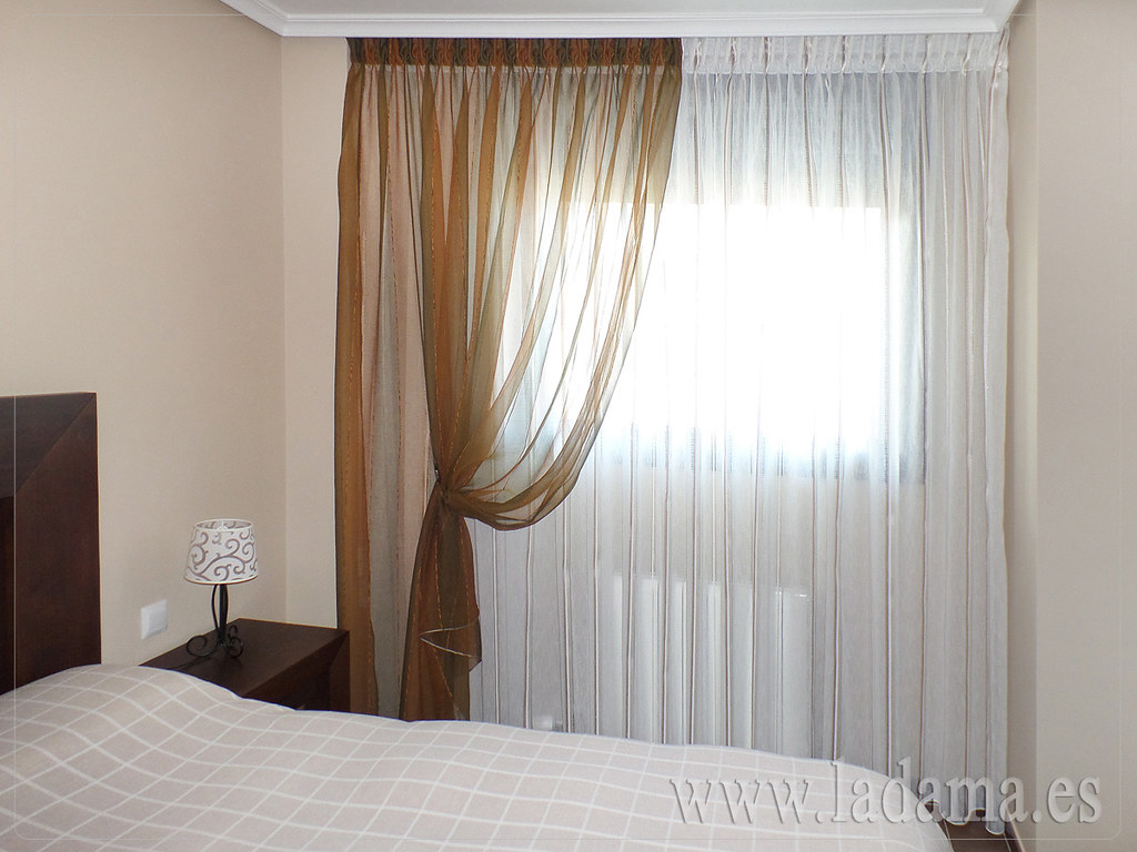 Cortina para dormitorio con doble cortina fotograf a de co flickr - Cortinas de dormitorios ...