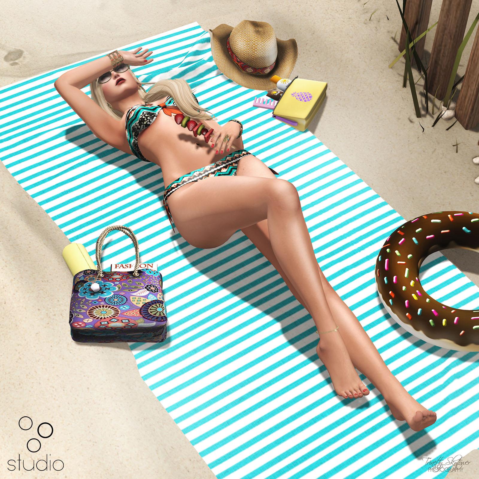 oOo Studio: Sunning