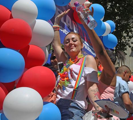 15f27 Gay Pride_0216 variante Uti 465