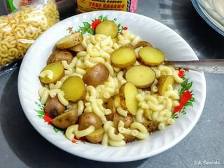 makaroni kentang
