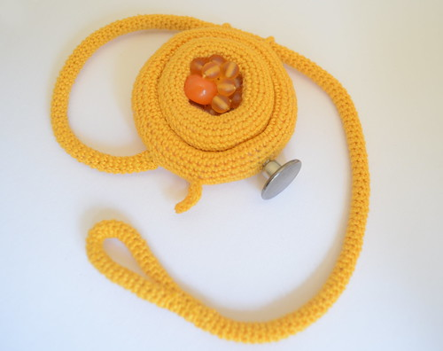 crochet bracelet - bird nest