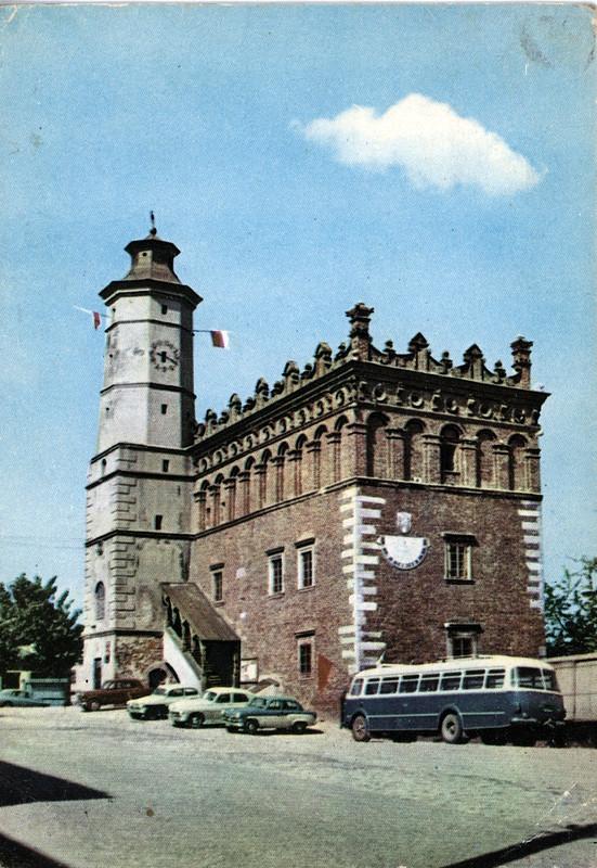 L'hotel de ville de Sandomierz dans les années 1950/1960.