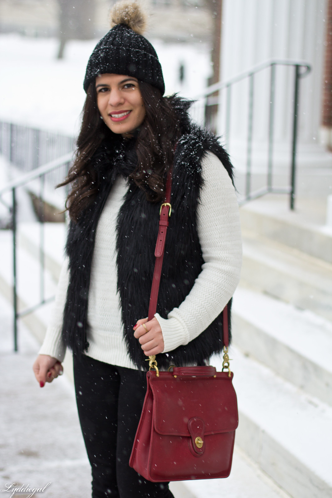 black fur vest, white sweater, red coach willis bag, snow outfit-3.jpg