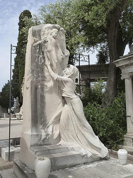 Tombe Piré Réalisé par le sculpteur N. Grandmaison