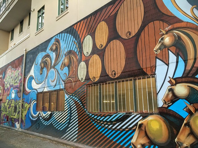 Une oeuvre surréaliste à Graffiti Alley, Toronto (Canada)