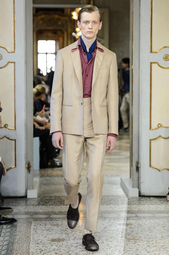 SS16 Milan Corneliani037_Benas Drukteinis(fashionising.com)
