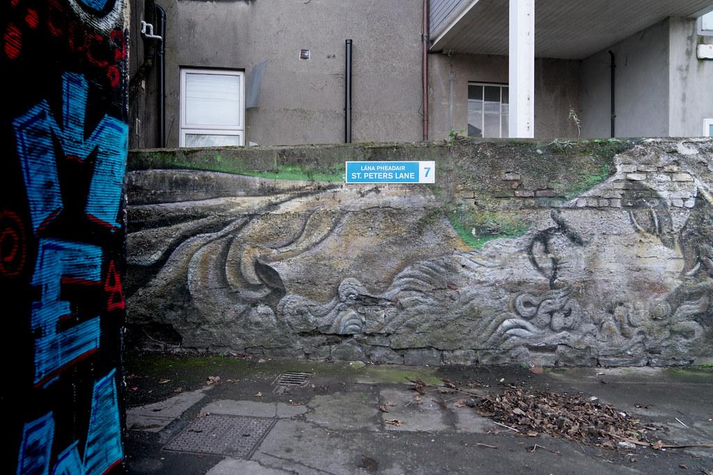 DUBLIN STREET ART AND GRAFFITI [ST. PETERS LANE DUBLIN 7]-124679