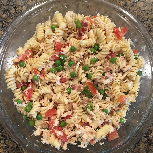 Bacon Ranch Chicken Pasta Salad