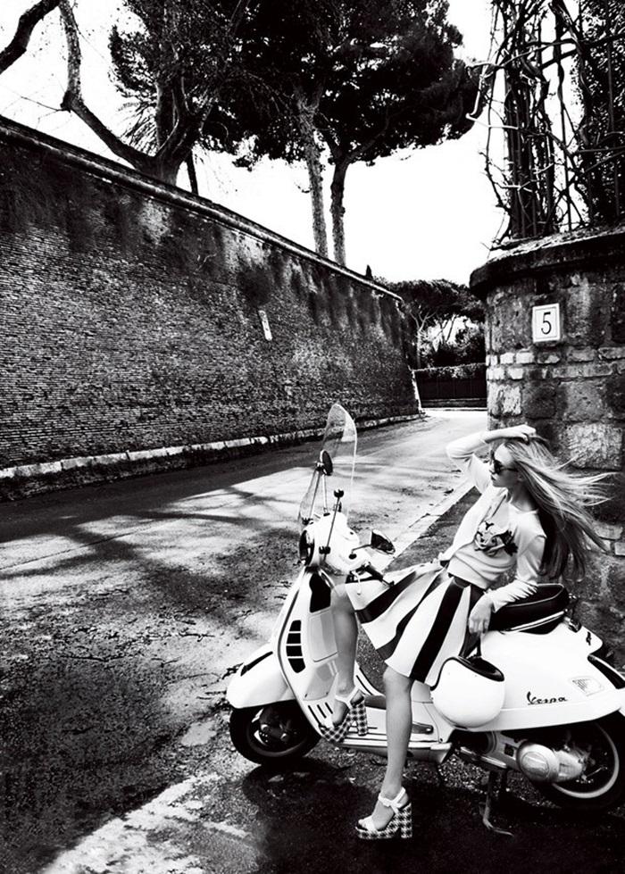 Amanda-Seyfried-Vogue-Mario-Testino-08