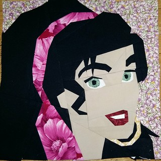 Esmeralda. Paper pieced. Fandom in Stitches