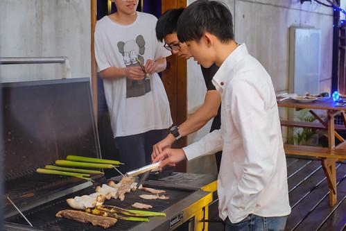 [推薦] 2016鳳凰花開畢業烤肉趴在台南媜13汽車旅館風光歡送學長姐 (10)