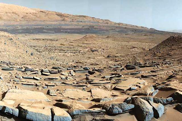 मार्स क्यूरिओसिटी रोवर द्वारा चित्रित एक स्थल जहाँ अतीत में जल के होने की पुष्टि हुई है