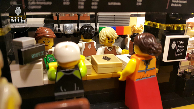 LEGO Modular MOC - UiL Cafe