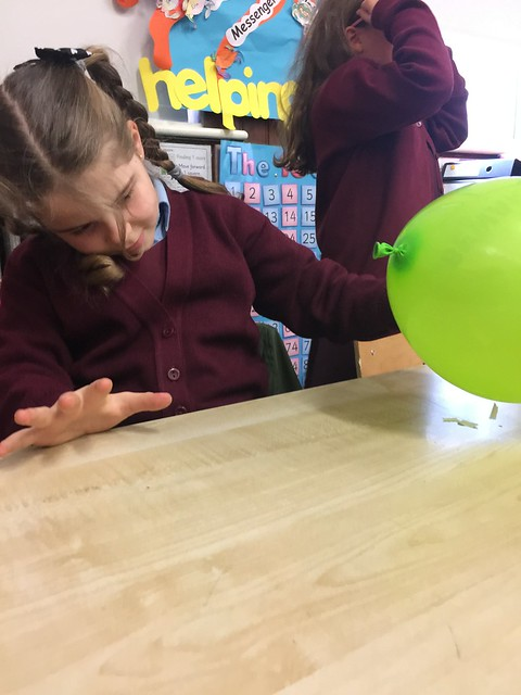 Static Electricity In 2nd Class!