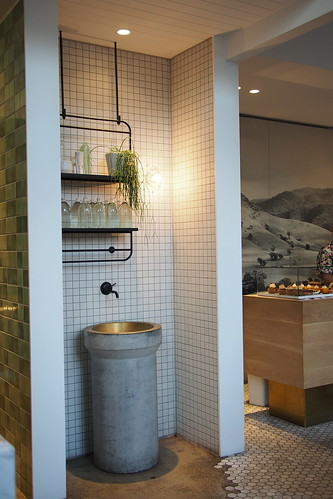 Flat White Coffee and Brunch in Melbourne: The Kettle Black (50 Albert Road)