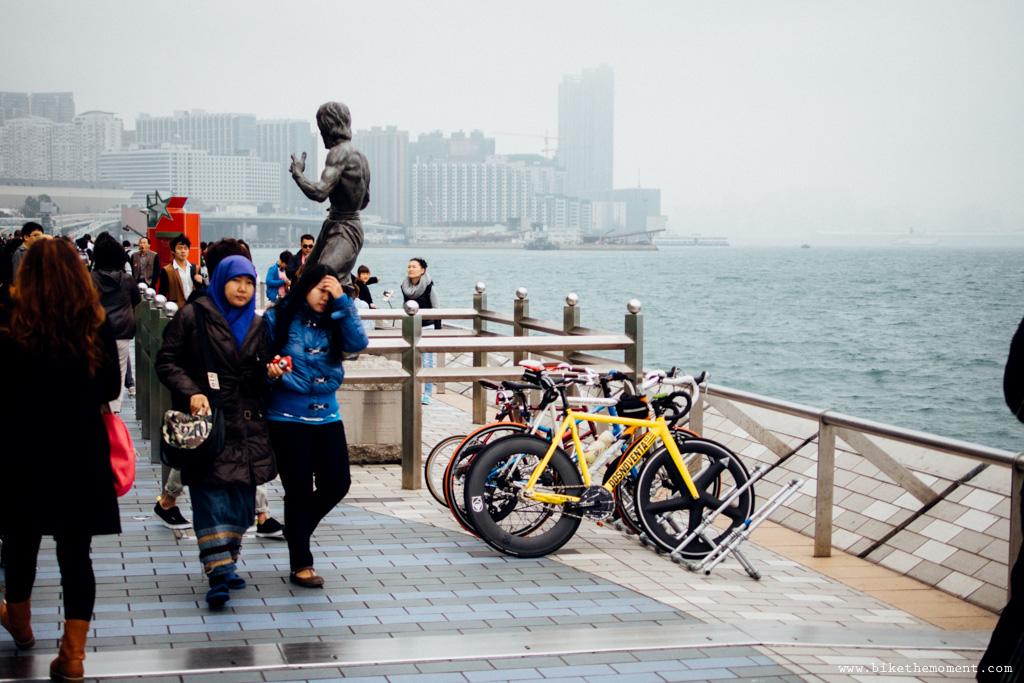 無標題  《假如讓我泊下去2 九龍中西篇》﹣香港市區單車位的幻想影集 18692078975 b5ea004dc2 o