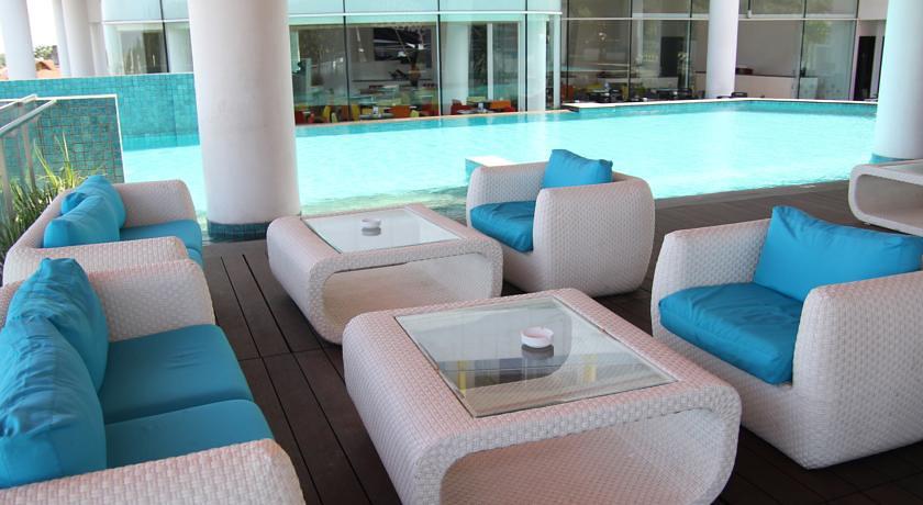 9 Affordable Bandung Hotels With Infinity Pools And Incredible Views