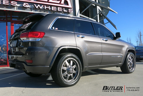 New Jeep Cherokee >> Jeep Grand Cherokee with 20in Fuel Maverick Wheels and Mic ...