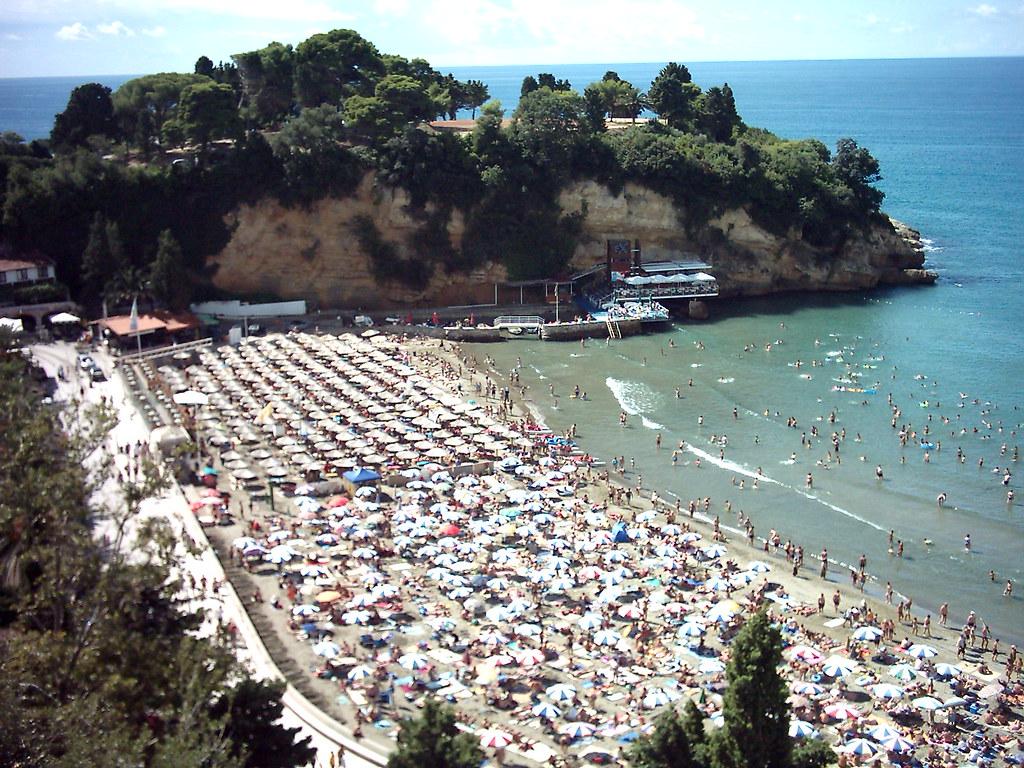 Ulqin, Montenegro   Ulqini, Plazhi i vogël   gjon_gjoni   Flickr: https://www.flickr.com/photos/69026777@N00/114923949