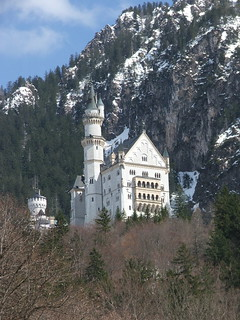 Castle Neuschwanstein | by Munzerr