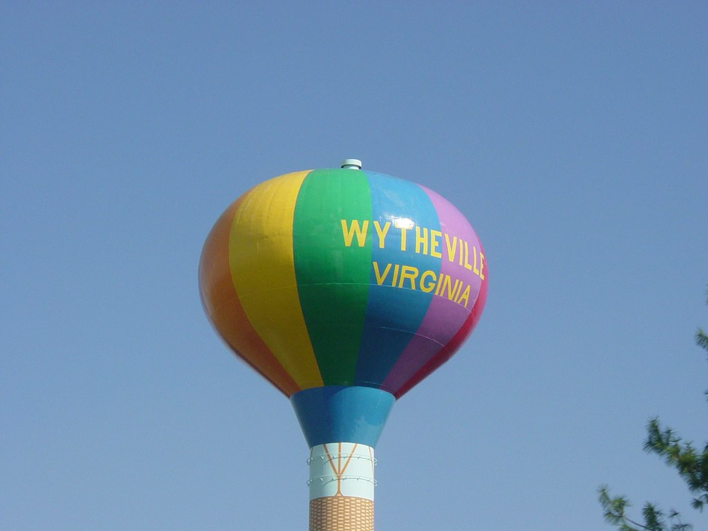 Wytheville Virginia colorful water tower | A colorful ...