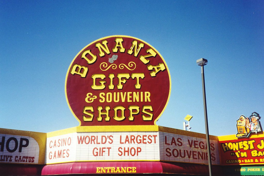 Store Directory | Miracle Mile Shops, Las Vegas