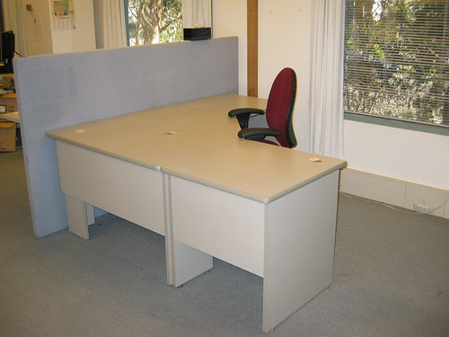 Empty desk | My old desk and chair. It looks lonely ...