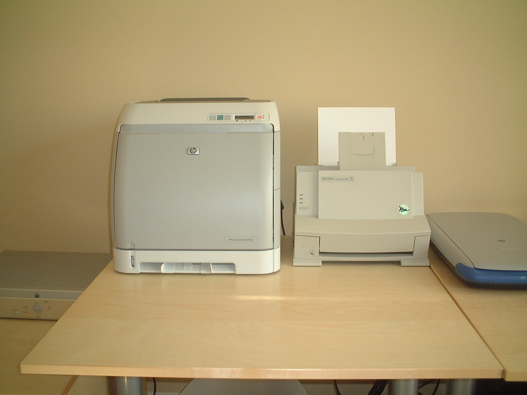 hp printers a new hp2605dn and an old hp laserjet 5l marty nelson flickr. Black Bedroom Furniture Sets. Home Design Ideas