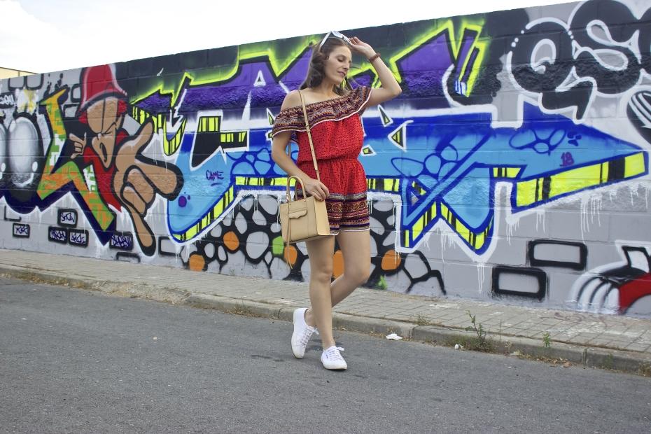 lara-vazquez-mad-lula-style-streetstyle-graffiti-moda-en-la-calle-vogue-glamour