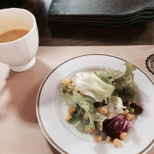 ランチスープとサラダ at ブロカント