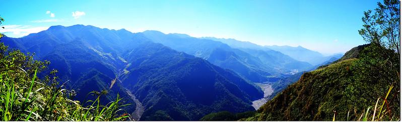 幾阿佐名山西南鞍稜線東南方展望(1028)