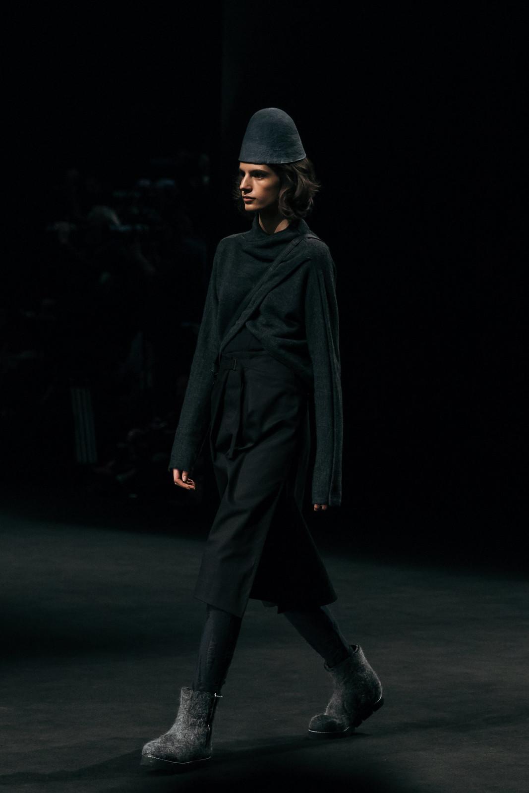Jessie Chanes - Seams for a desire - 080 Bacelona Fashion #080bcnfasion -27