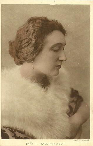 Léontine Massart