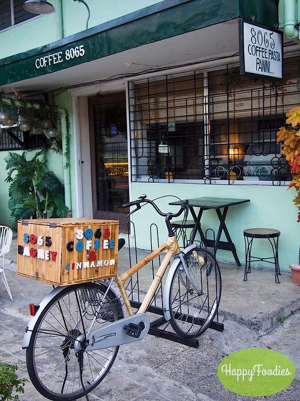 Bambike in front of the cafe entrance