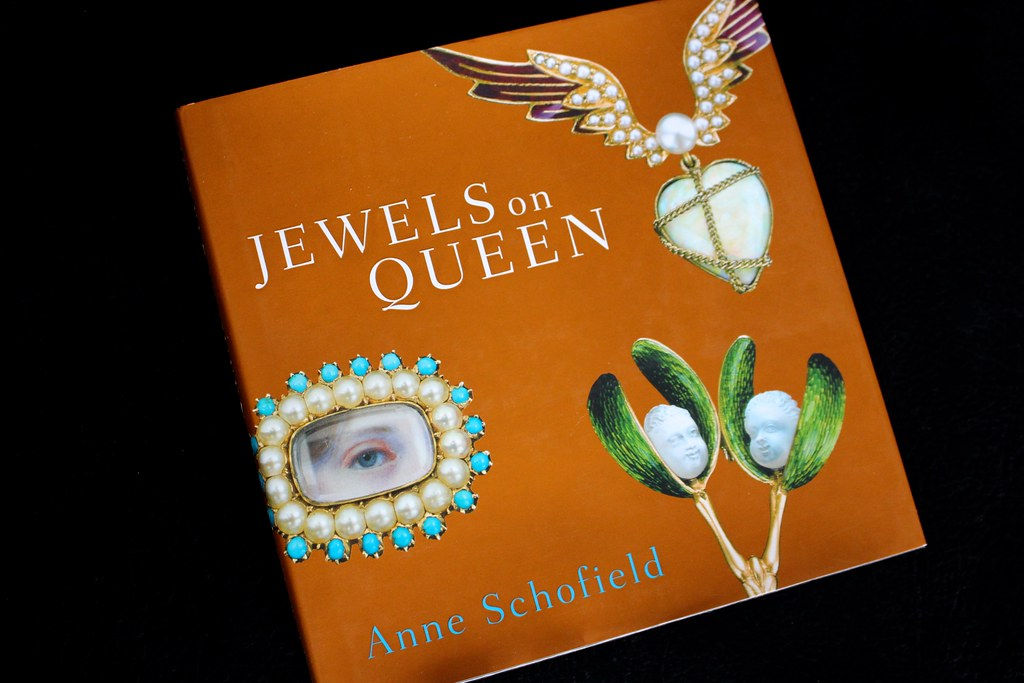 Jewels on Queen | Gem Gossip
