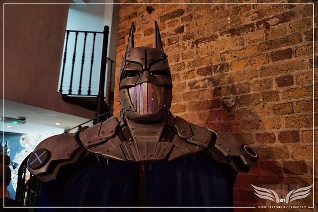 The Establishing Shot: BATMAN: ARKHAM KNIGHT CAPE & COWL EXHIBITION - DYSTOPIAN ARKHAM KNIGHT BY JONATHAN ROSS - KACHETTE, LONDON