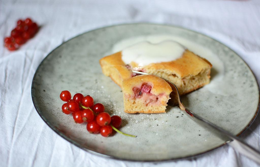 Buttermilch-Ribisel-Kuchen-Rezept