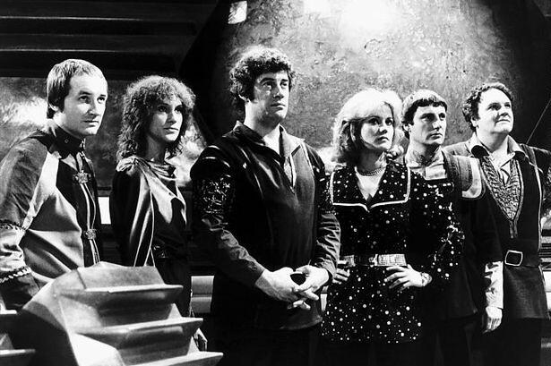 Blake's-7 cast.