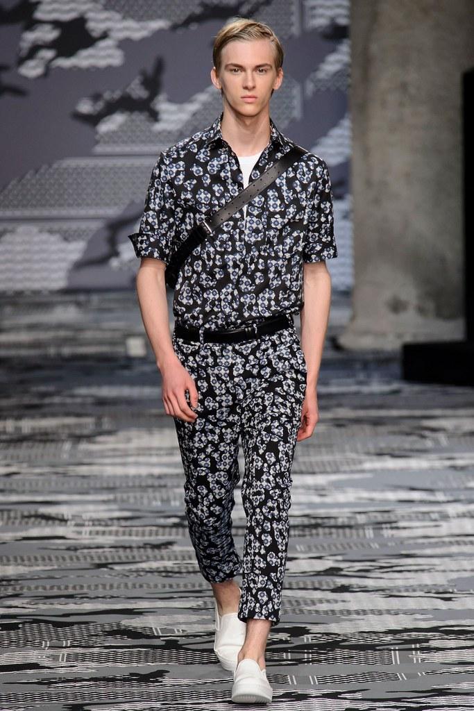 SS16 Milan Neil Barrett021_Dominik Sadoch(fashionising.com)